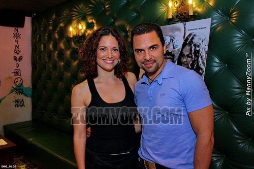 Denise Quinoñez y Manny Perez