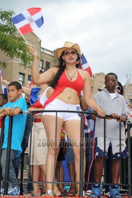 Bronx Dominican Parade 2010 087